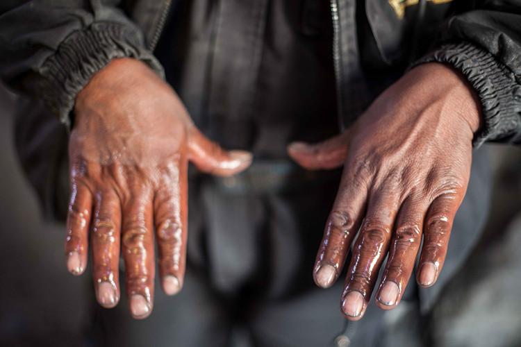 Hoạt động khai thác khoáng sản không được kiểm soát nên môi trường đất ở La Rinconada bị ô nhiễm nặng.