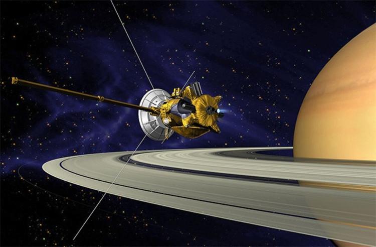 Tàu vũ trụ Cassini nghiên cứu sao Thổ.