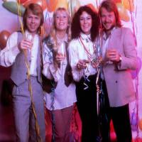 """5 điều bạn chưa biết về bài hát """"Happy New Year"""" của ABBA"""