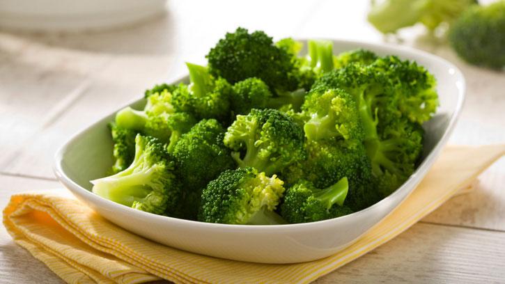 Bông cải xanh có nhiều chất phytochemical, đây là những chất chống oxy hóa mạnh.