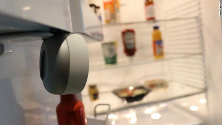 Sản phẩm FridgeCam cho tủ lạnh.