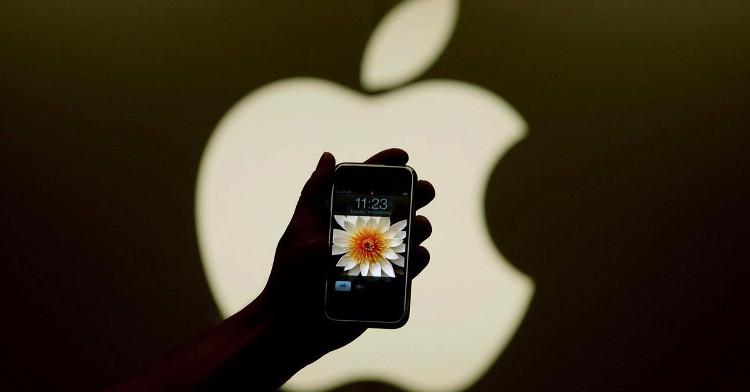 10 năm trước, iPhone bất ngờ xuất hiện và thế giới công nghệ mãi mãi không còn như cũ.