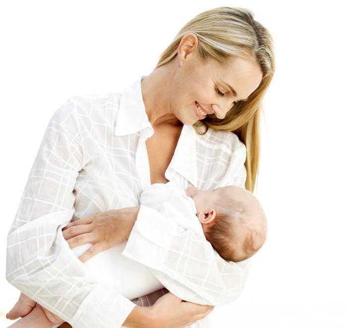 Đối với em bé, những giọt sữa đầu tiên hay còn gọi là sữa non là hết sức quý giá.