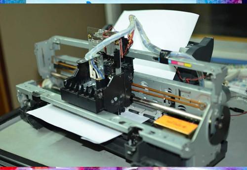 Máy in chữ nổi hoàn thành và sắp sửa sang Nhật dự triển lãm