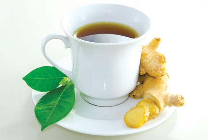 Nếu bị cảm nhẹ, có thể dùng một ly trà gừng nóng giải cảm.