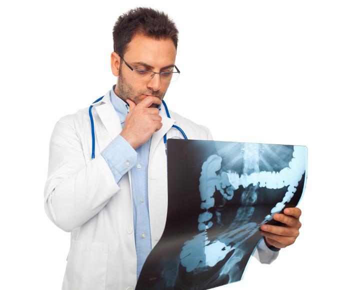 Mới đầu, ung thư đại tràng không có bất cứ triệu chứng nào.