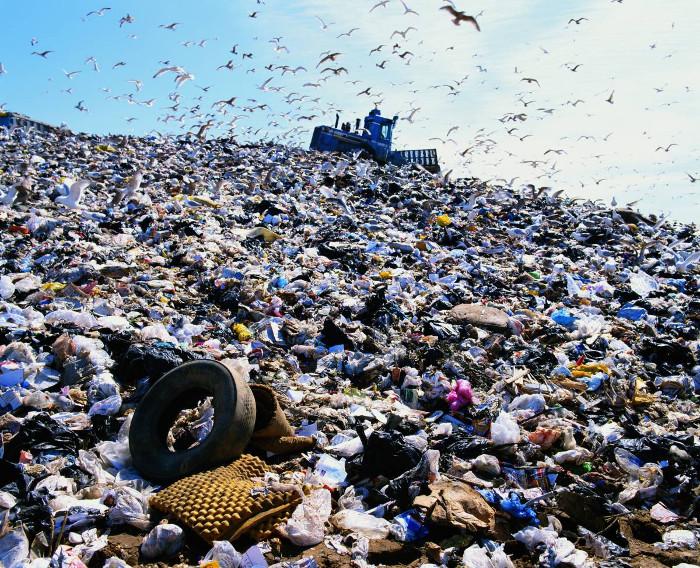 Dự án kỳ vọng sẽ giảm thiểu được tác hại của rác thải từ túi nhựa đối với cuộc sống người dân và môi trường khu vực.