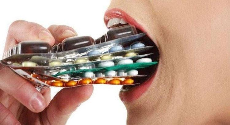 Đừng bao giờ tự ý dùng thuốc kháng sinh.