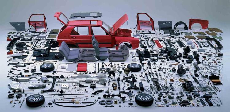 Các bộ phận của một chiếc ô tô.