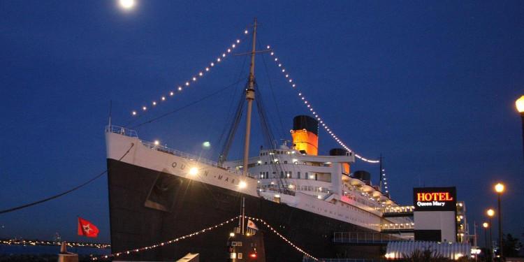 Khách sạn Queen Mary