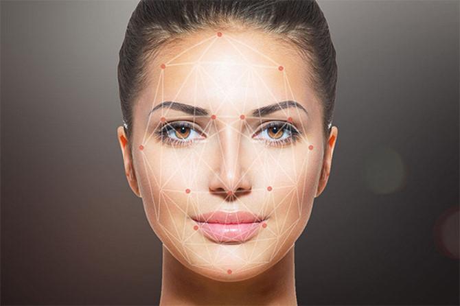 Người dùng sẽ biết được các thông tin về nữ diễn viên đó nhờ ứng dụng trí tuệ nhân tạo