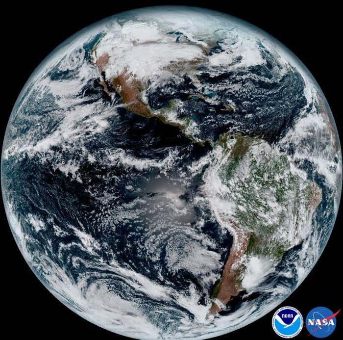 Hình ảnh chi tiết nhất về Trái đất từng được công bố. (