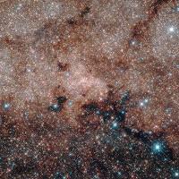 Dải Ngân hà của ta đang bị đẩy ngang qua vũ trụ bởi một khoảng tối chưa xác định