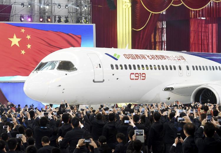 Máy bay C919 của Trung Quốc sắp có chuyến bay thử đầu tiên.