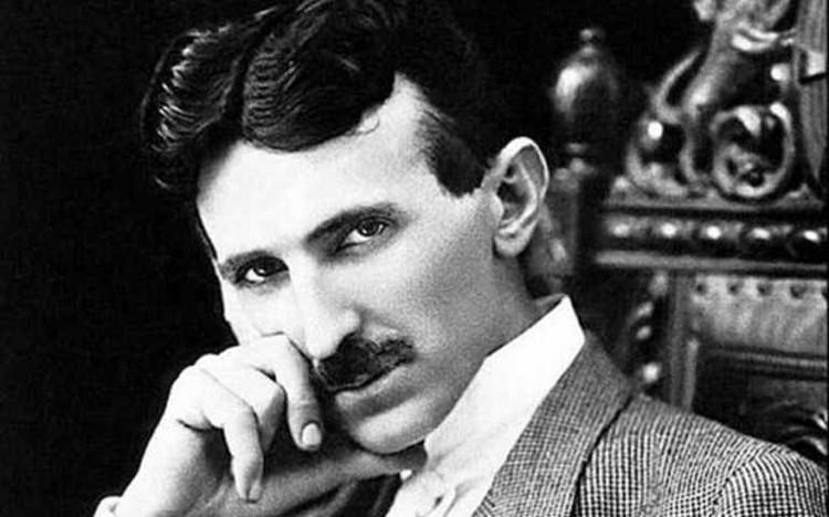 Nhà khoa học Nikola Tesla.