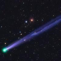Sao chổi 45P áp sát Trái đất phát ánh sáng xanh huyền ảo