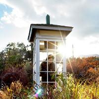 Tìm hiểu về bốt điện thoại dùng để gọi cho người chết ở Nhật