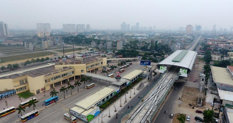 Ga Yên Nghĩa nằm cạnh bến xe Yên Nghĩa là điểm ga số 12, nằm cuối tuyến đường sắt nội đô 2A.