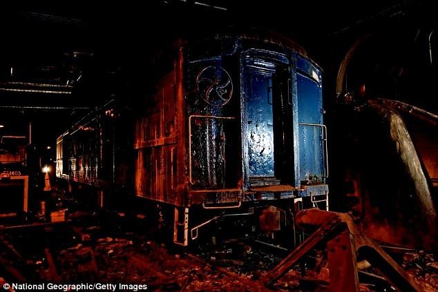 Ga tàu hỏa bí mật dưới khách sạn ở New York