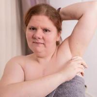 Người phụ nữ khổ sở với mùi cơ thể tanh như cá dù có tắm trăm lần một ngày