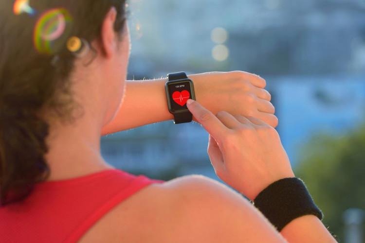 Bất cứ ai cũng nên sử dụng đồng hồ đo nhịp tim khi tập thể dục.