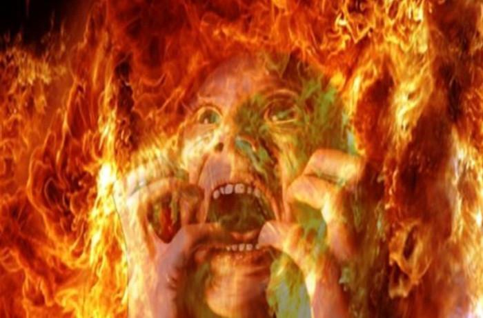 Nghe thấy tiếng la hét của những linh hồn bị đày xuống địa ngục ở khắp mọi nơi
