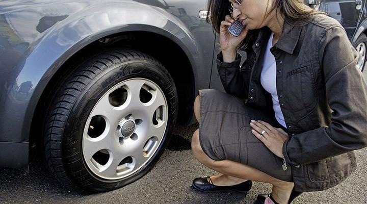 Việc chở quá nặng hoặc quá trọng tải cho phép của lốp ô tô chịu được cũng có thể kiến lốp bị hỏng hoàn toàn.