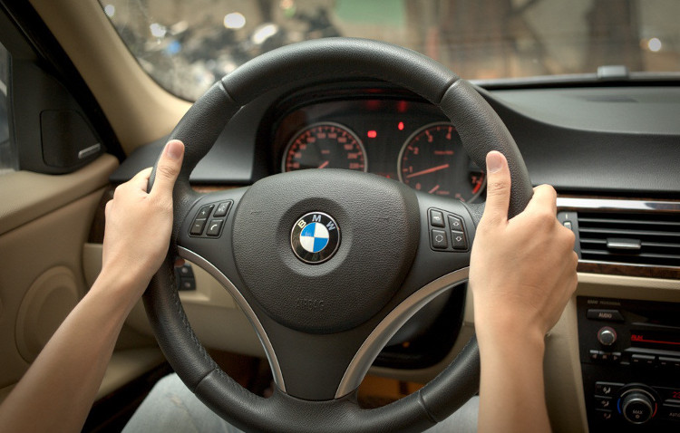 Lốp xe cũng có thể dễ dàng bị nổ chỉ một lý do đơn giản là trong một pha cua gấp ở tốc độ cao.