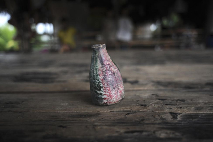 Chiếc sáo bằng gốm của thổ dân Amazon.
