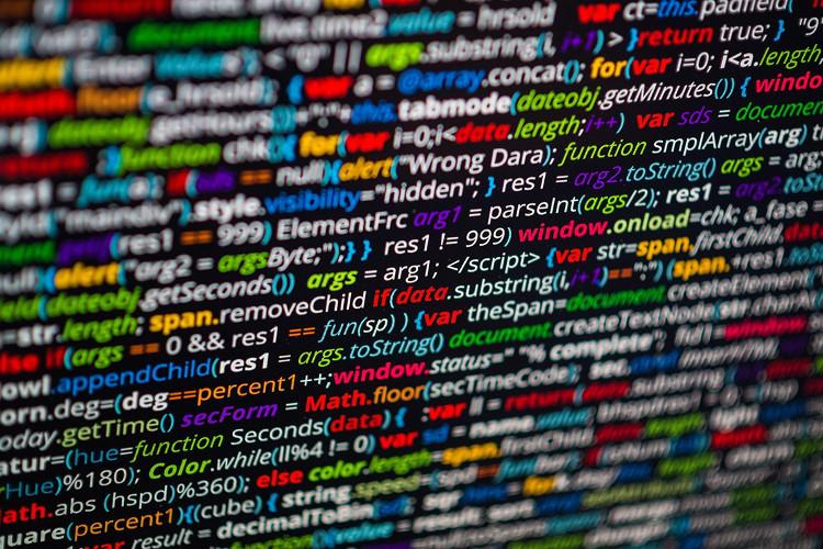 DeepCoder sử dụng máy học để lọc cơ sở dữ liệu mã nguồn và sắp xếp các đoạn mã theo nó là hữu dụng nhất.