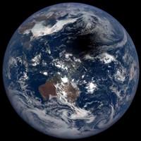 Video: Bóng đen bí ẩn lớn bằng một quốc gia trên Thái Bình Dương
