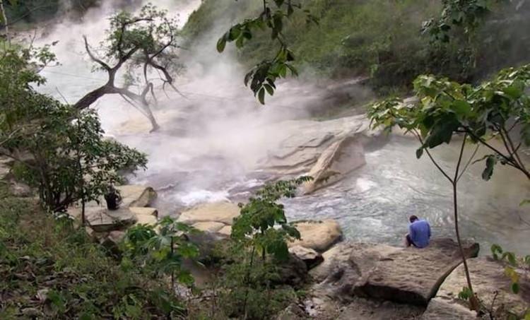 Dòng sông nước sôi thực sự tồn tại ở khu trị liệu Mayantuyacu.