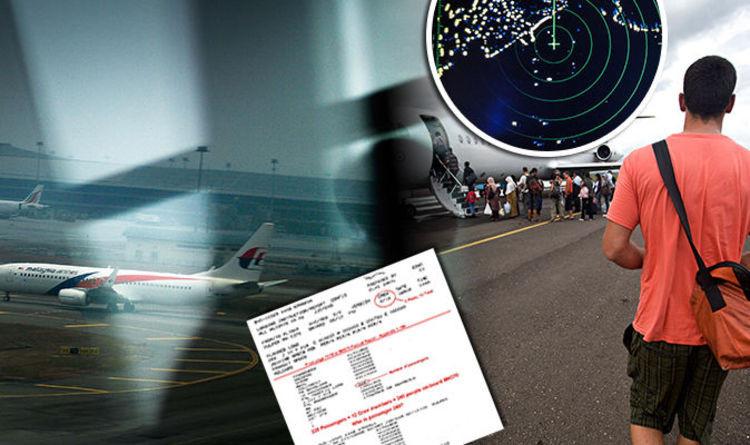 """Nhà điều tra Andrey Milne vừa đưa ra giả thuyết có một người """"bí ẩn"""" trên máy bay."""