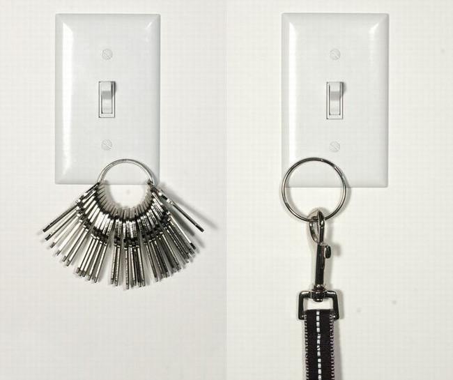Công tắc đèn kiêm móc chìa khóa