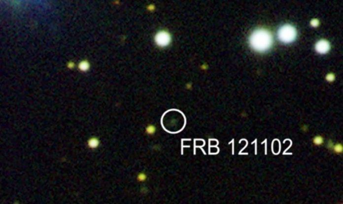Chớp điện từ cường độ lớn chỉ kéo dài vài mili giây khiến các nhà thiên văn học bối rối ngay từ lần đầu phát hiện.