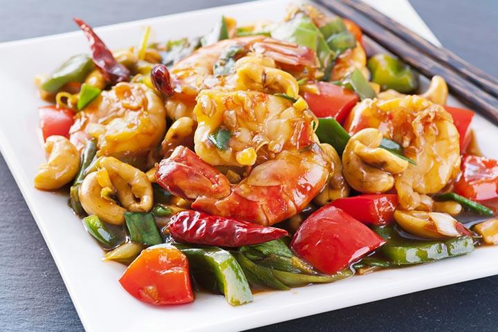Thức ăn cay nên hoàn toàn tránh nếu bạn bị loét dạ dày.