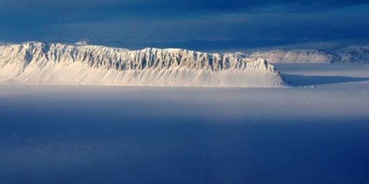 Eo biển Eureka ở đảo Ellesmere ở Bắc Cực thuộc Canada trong một bức ảnh khảo sát của NASA ngày 25/3/2014.