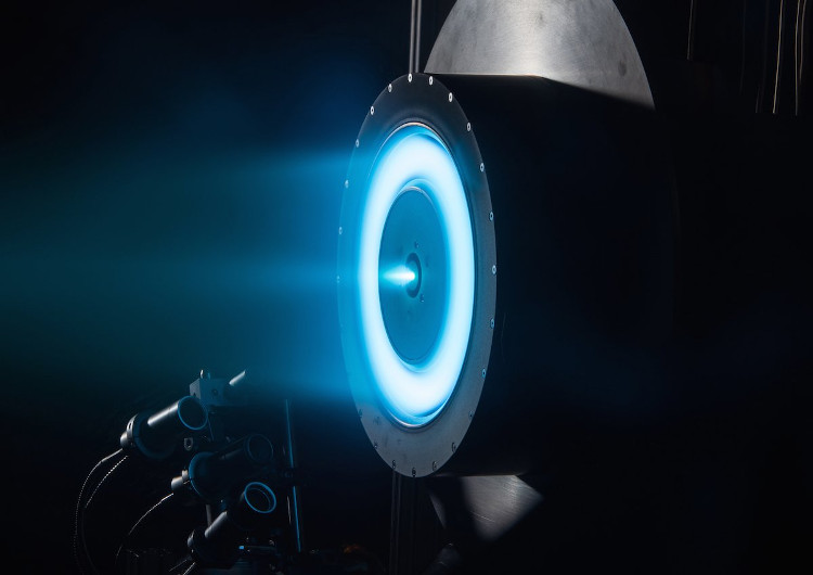 Động cơ ion trong quá trình thử nghiệm.