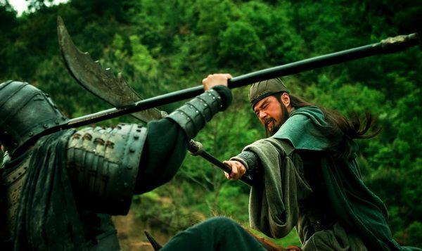 Hình ảnh Quan Vân Trường chiến đấu trên phim.