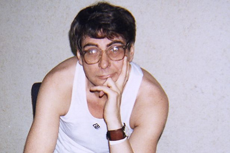 Tên sát nhân Dennis Nilsen.