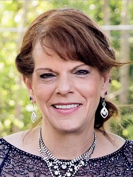 Bà Wanda Holbrook – nạn nhân trong vụ kiện robot giết người.