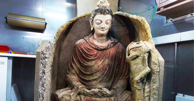 Bức tượng Phật được phát hiện ở Afghanistan.
