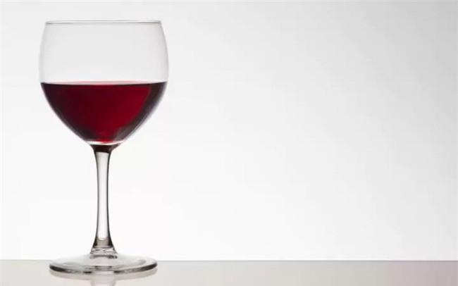 Dù bạn uống lượng thức uống cồn ít, mầm mống ung thư vẫn có thể phát triển
