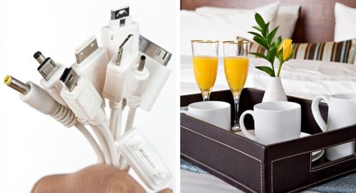 Đa số khách sạn cung cấp miễn phí wifi, nước đóng chai, máy sấy tóc...