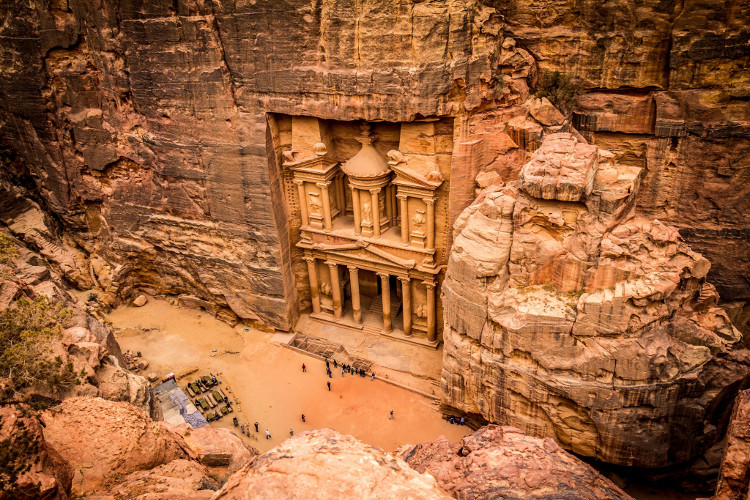 Thật khó tin khi những người cổ đại đã điêu khắc nên một cổng đền cao hơn 900 mét hoàn toàn bằng thủ công.