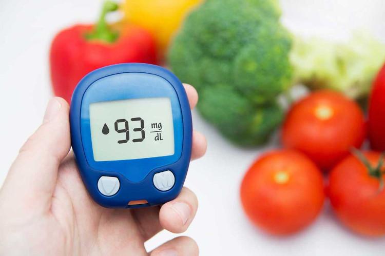 Chế độ ăn uống có ảnh hưởng trực tiếp tới đường huyết.