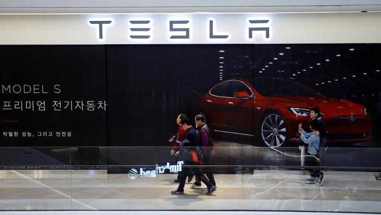 Số lượng xe được giao trong 3 tháng đầu năm 2017 của Tesla đạt 25.000 chiếc.