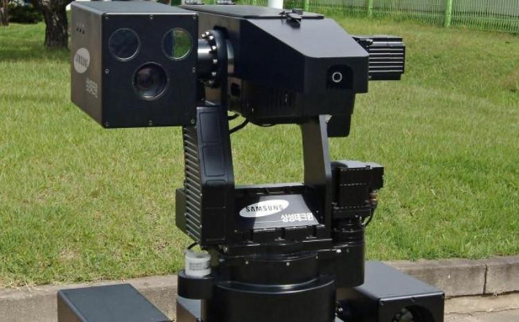 SGR-1 chỉ khai hỏa khi nó nhận lệnh từ người chỉ huy.