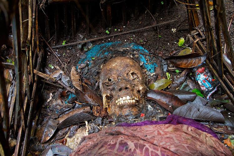 Tại ngôi làng Trunyan, thuộc đảo Bali xa xôi của Indonesia, người dân ở đây có tập tục vô cùng kỳ lạ, đầy ám ảnh.