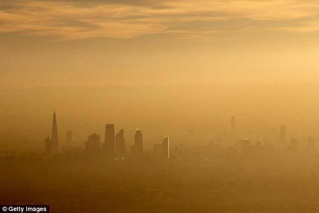 Ô nhiễm trong các thành phố lớn đang là vấn đề rất nghiêm trọng trên toàn thế giới.